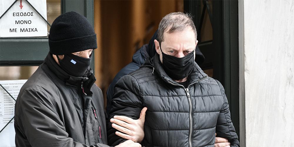 Δημήτρης Λιγνάδης: «Σκηνοθετούσε ακόμα και τις σχέσεις των παιδιών» - Τι αποκάλυψε δικηγόρος θύματος